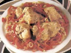 Conejo a la napolitana con salsa y mozzarella