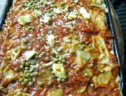 Lasañas con salsa de carne, queso y salsa blanca