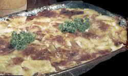 Papas deliciosas con panceta y salsa