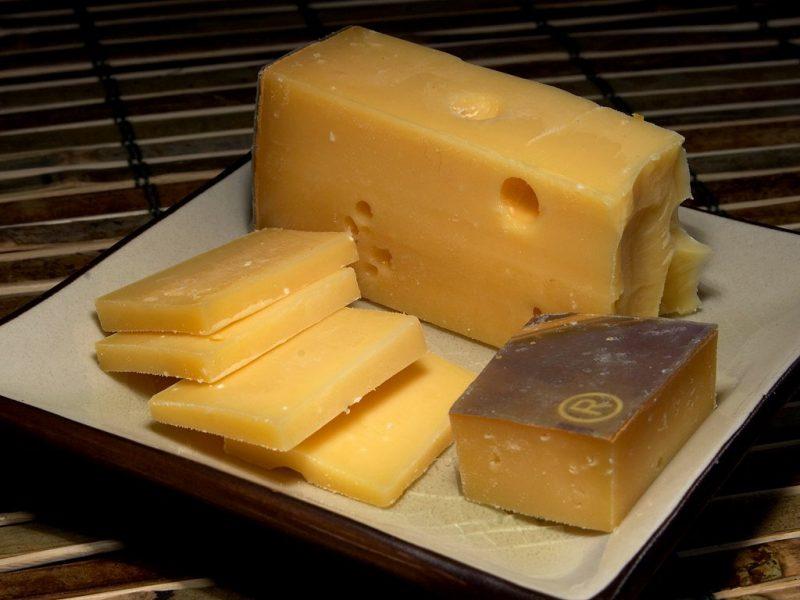 Origen del queso, características y tipos de quesos
