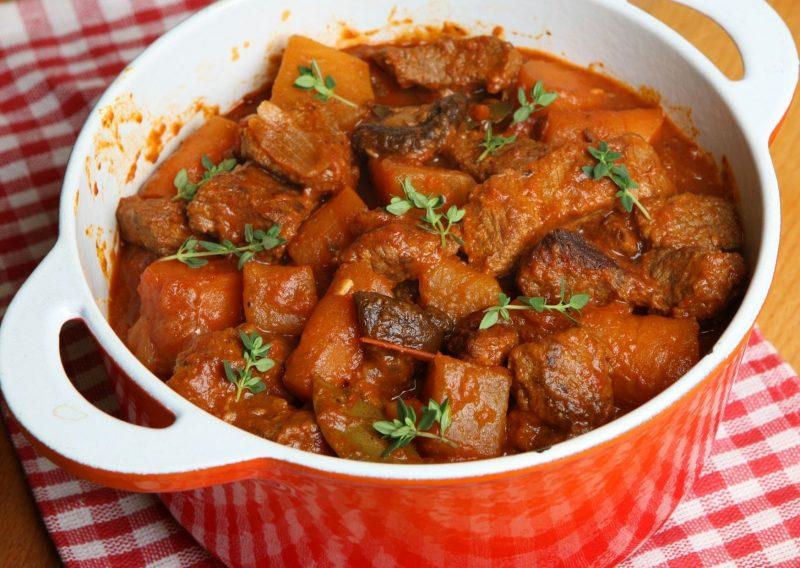 Cazuela de carne con verduras